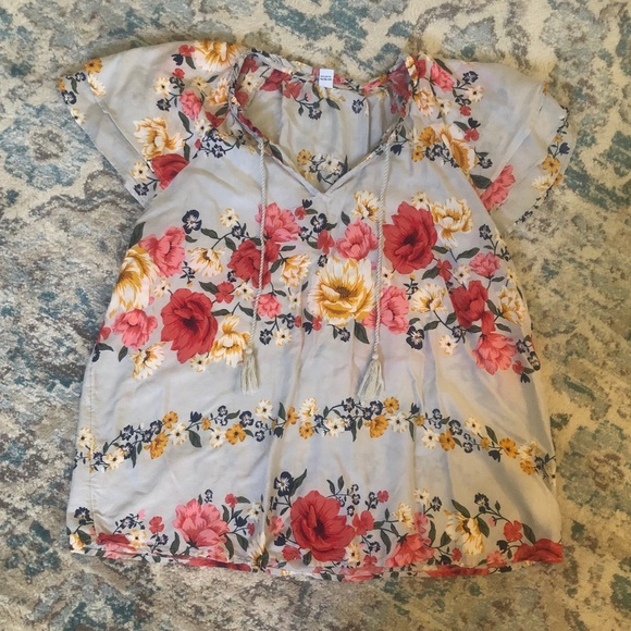 Old Navy Tops - Old Navy Floral Top